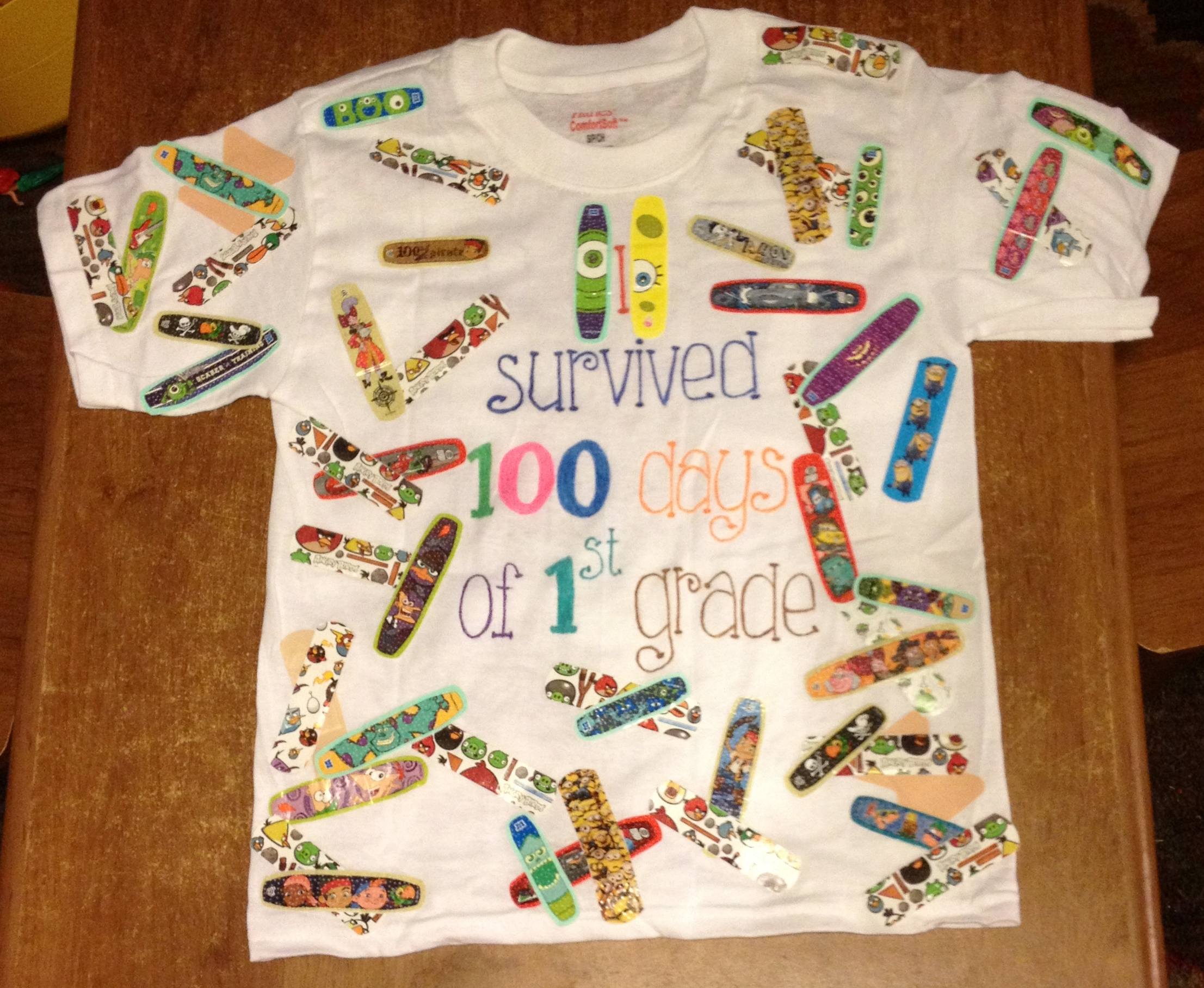 We survived 100 days of school pearls and pirates for 100th day of school decoration ideas